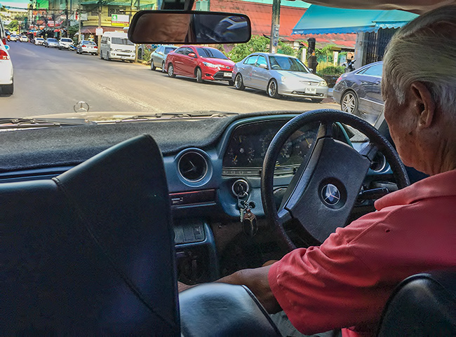 Mercedes W123 Taxi