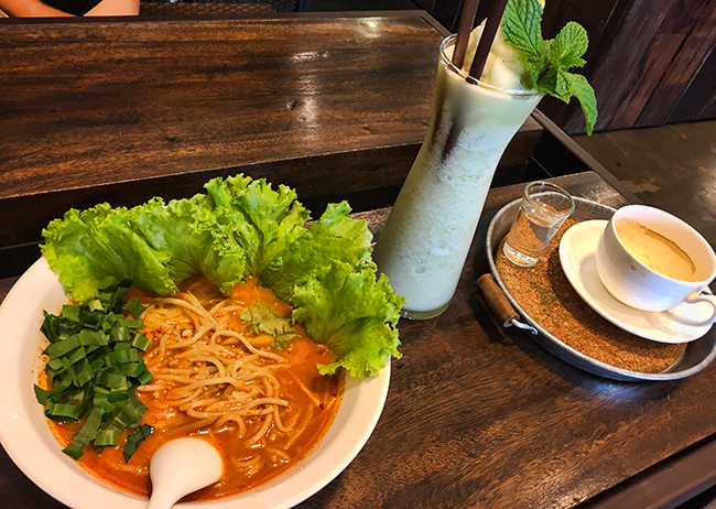 Lunch in Udon Thani