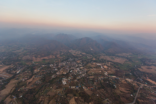 Hot air balloon over Pai