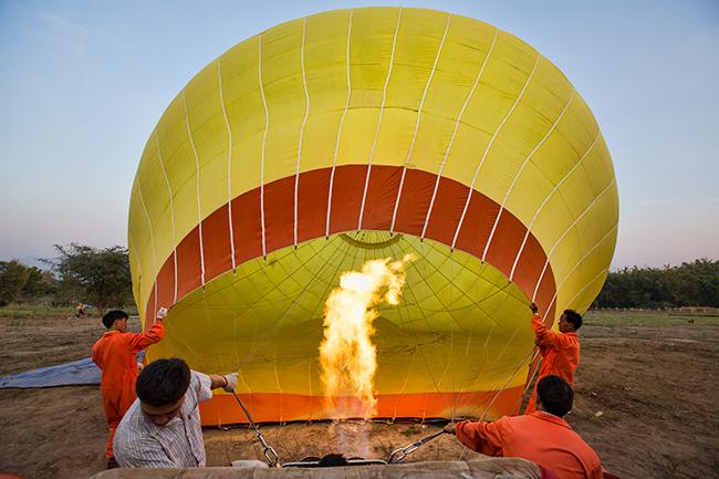 Preparation of the hot air balloon