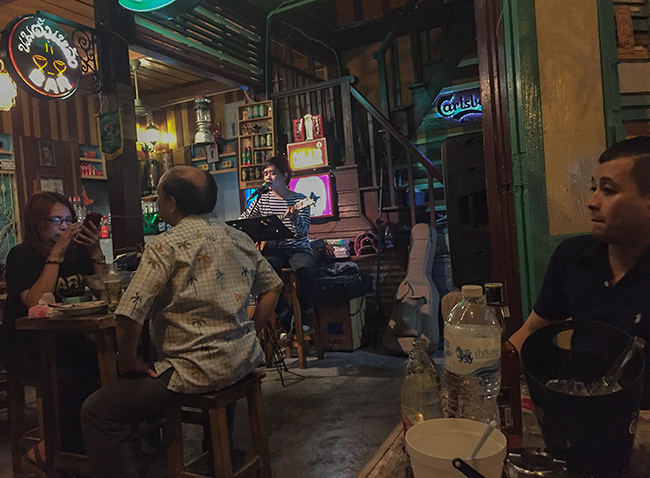 Bar in Bangkok