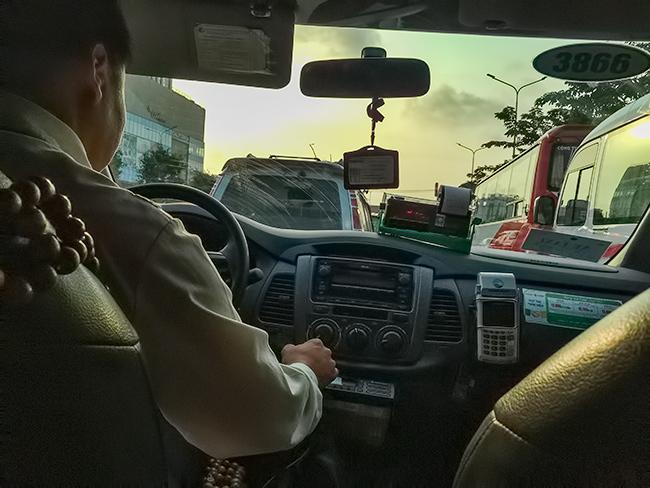 Taxi to ZU Coffee