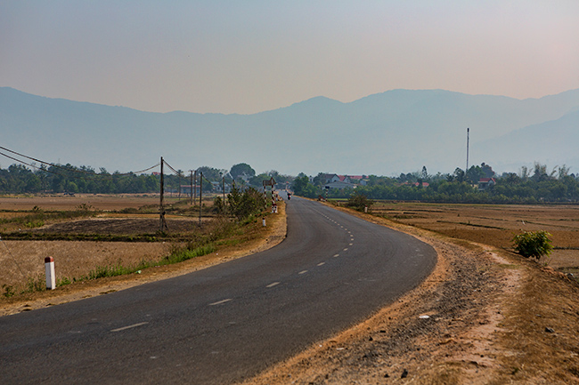 Open road after Lăk Lake