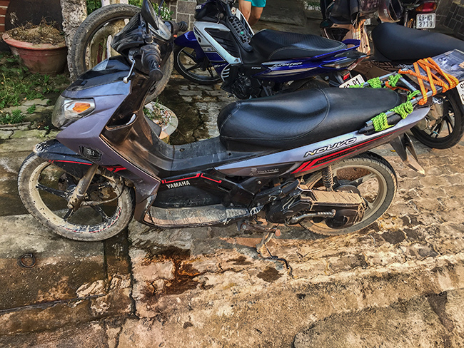 Dirty Bike in Khâm Đức