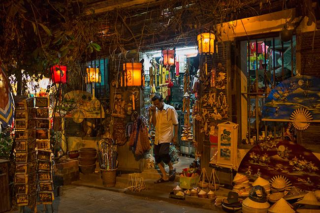 Souvenir shop in Hoi An
