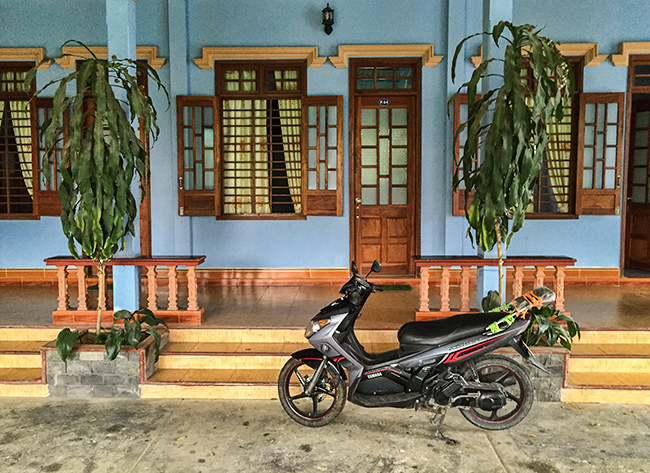 My room at the Thanh Quang Guest House in A Lưới