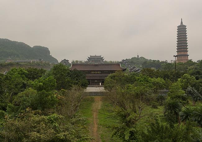 Bái Đính Temple view
